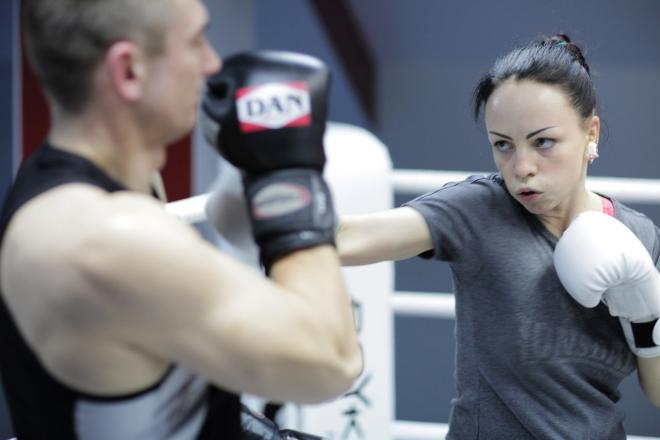 Женский Бокс, Кикбоксинг |
